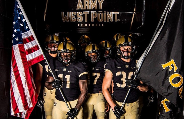army-football-team-prayer-video