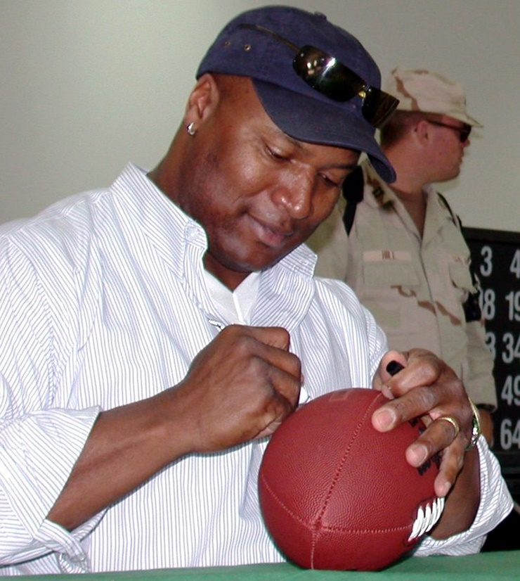 bo-jackson-concussion-research-played-baseball