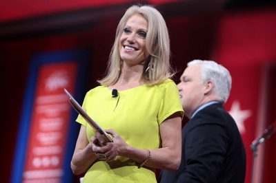 Kellyanne Conway And Dana Bash Have Weird Encounter After Debate